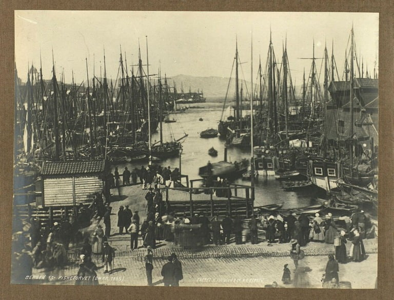 Fisketorget, Bergen. Taken around 1865.