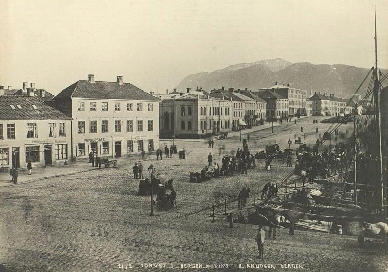 Bergen's market square in 1878.