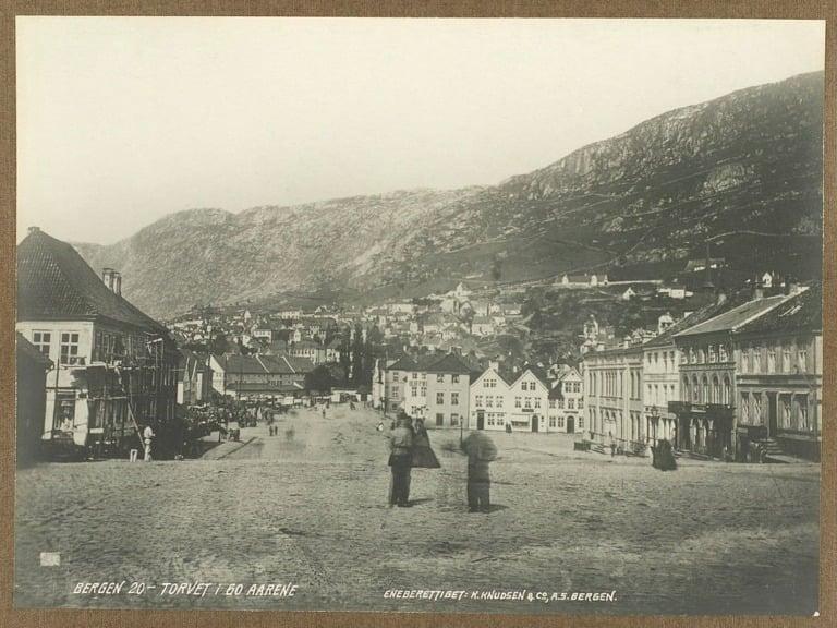 Bergen's Torvet in the 1860s