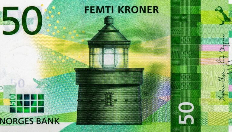 Norway 50 krone featuring a Norwegian lighthouse.