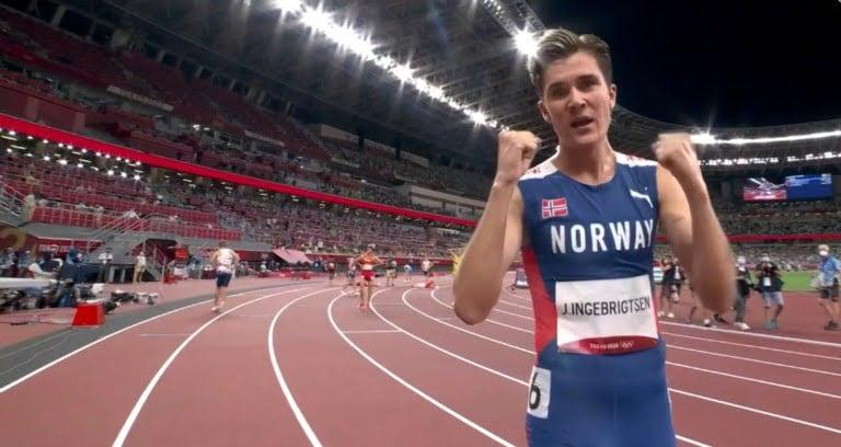 Jakob Ingebrigtsen winning a Gold medal