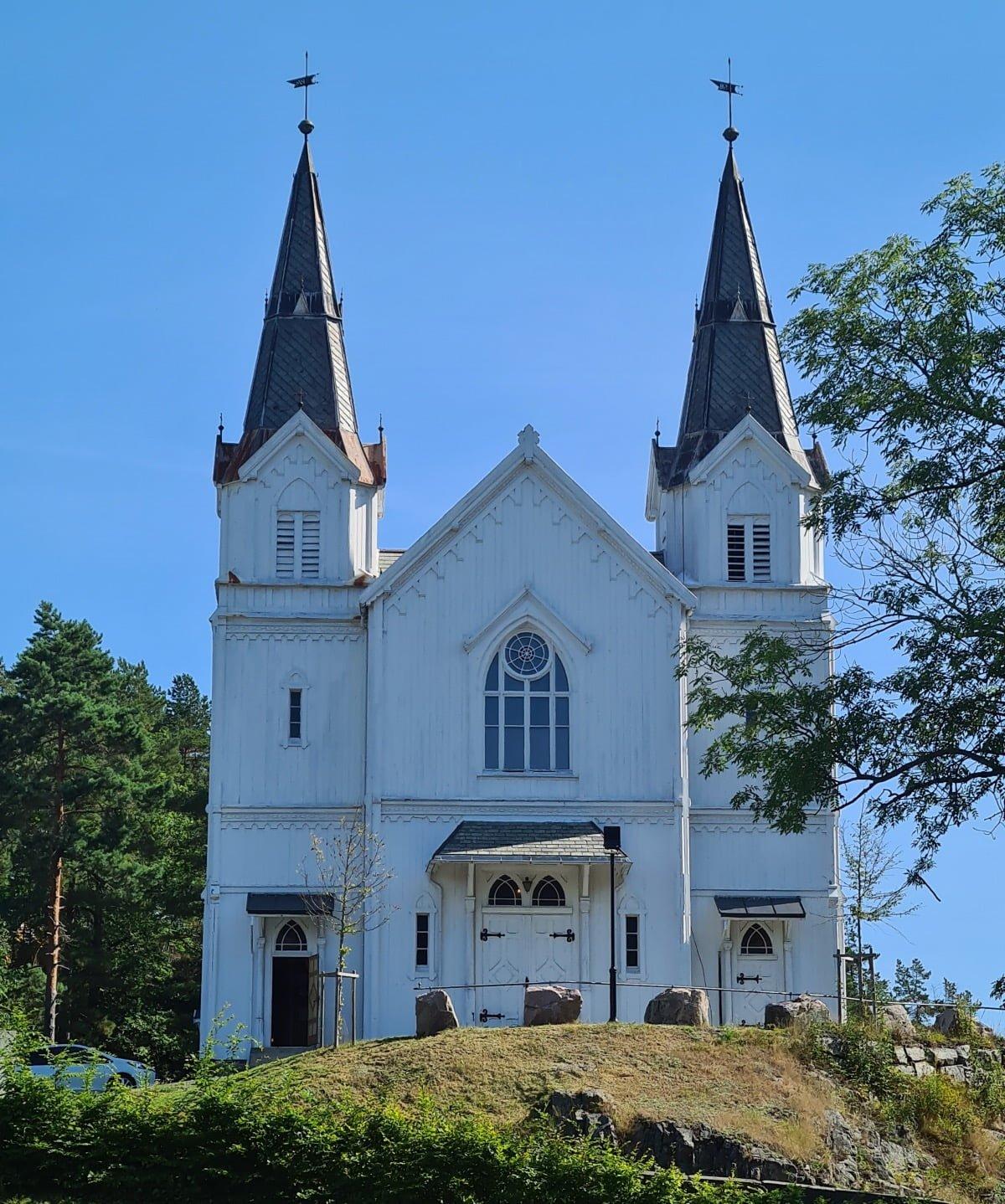 Fridental kirke i Riser, Norge