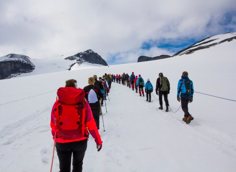 Glacier crossing on the Galdhøpiggen mountain hike.