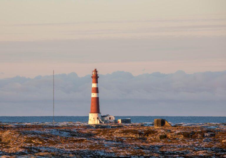 Sletringen lighthouse on the Norwegian coastline