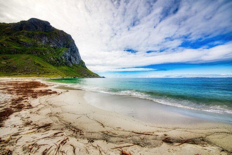 Uttakleiv beach in Lofoten