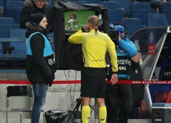 Norwegian Football to Consider VAR Technology