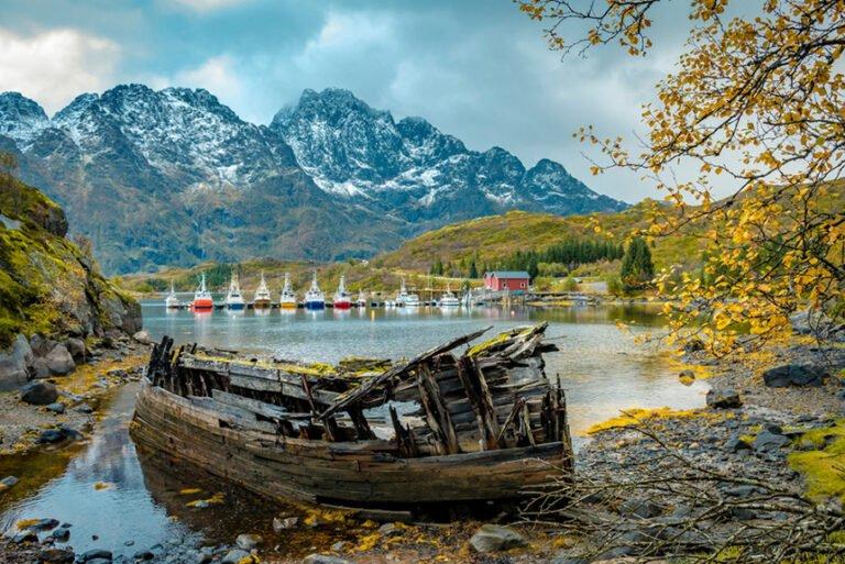 Wrecked wooden boat in Lofoten's Austnesfjord
