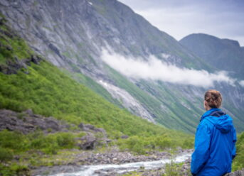56: The Psychology of Moving to Norway