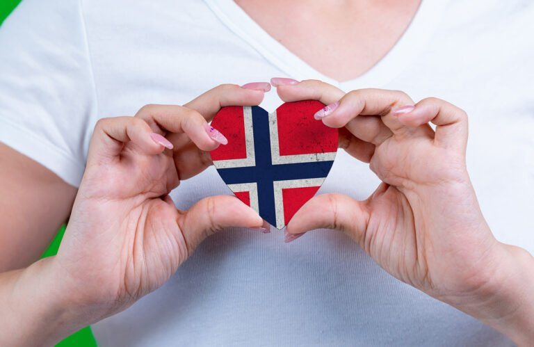 Norway flag on a heart image